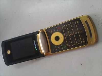 Motorola v8 hàng đặc biệt hiếm