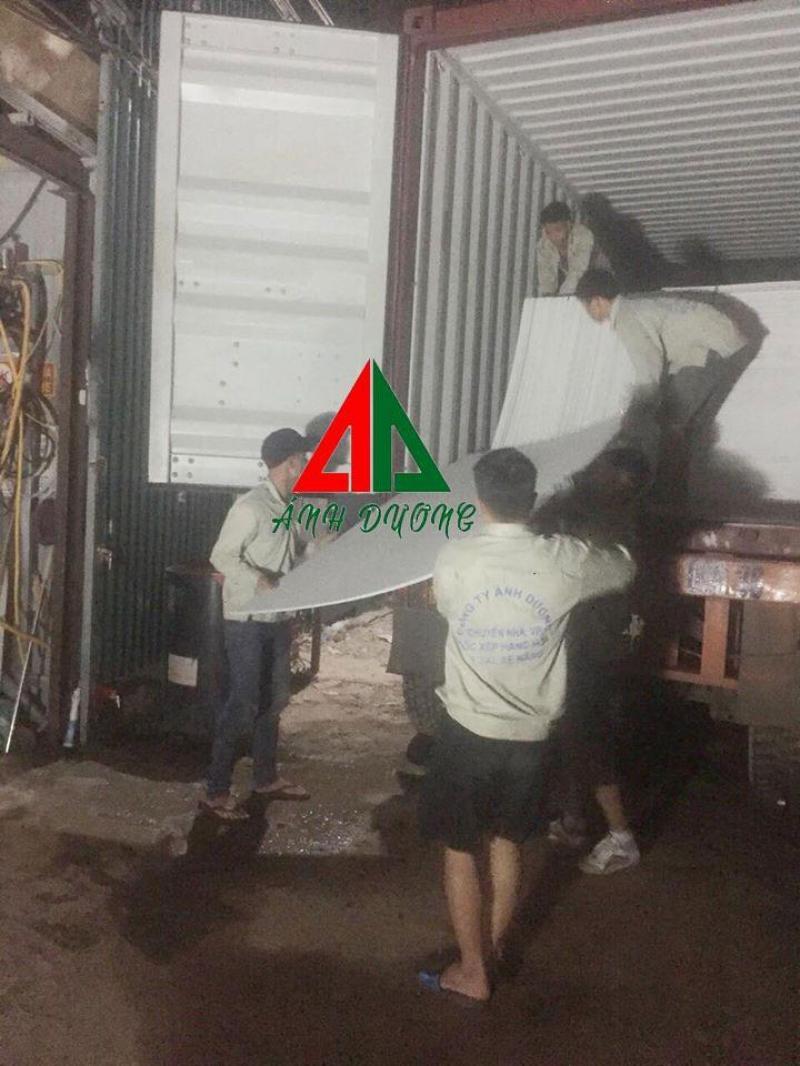 Dịch vụ bốc xếp hàng hóa tại Hà Nội