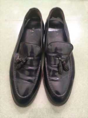 Cần bán đôi giày đế da