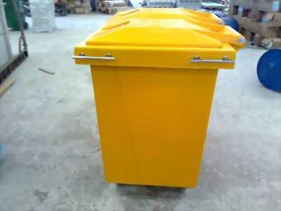 Thùng rác 120l, 240l nhập khẩu giá rẻ