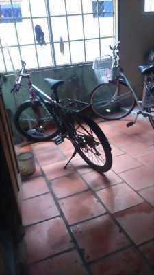 Xe đạp líp còn mới keng