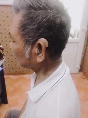 Máy trợ thính đeo sau tai