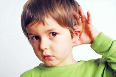 4 Lợi ích khi can thiệp trợ thính sớm cho trẻ bị nghe kém
