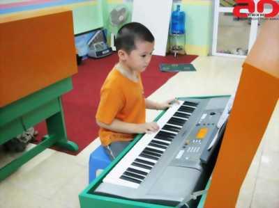Dạy đàn organ, piano, cho trẻ em