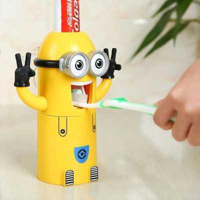 Dụng Cụ Lấy Kem Đánh Răng Hình Minion