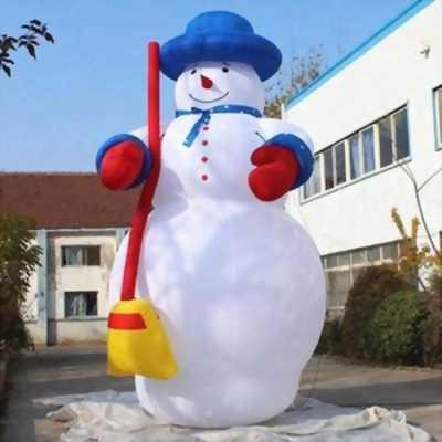 Ông già noel khổng lồ, may mascot ông già noel,mascot người tuyết