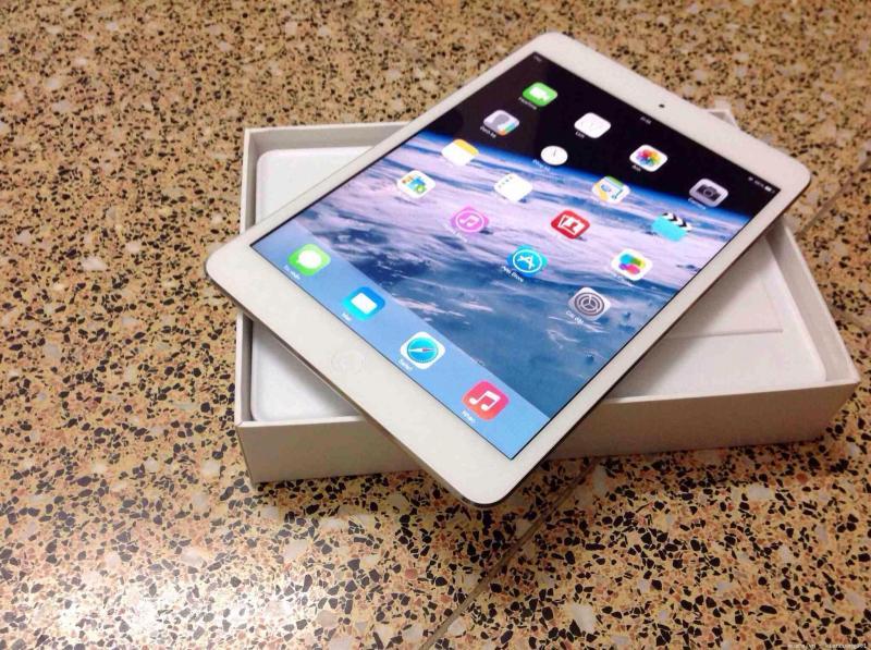 iPad Mini 4 Gold Trắng Xách Tay Trực Tiếp