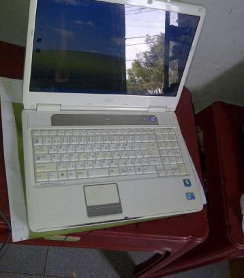 Laptop fujitaka tokyo nhật bản