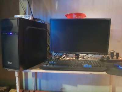 Cần bán máy tính nhà đang sử dụng rất đẹp