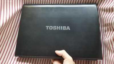 Cần bán laptop Toshiba Portege R930