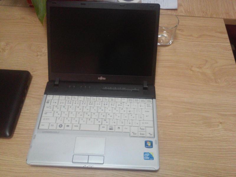 Cần bán em laptop Nhật nhỏ gọn, đẹp xinh