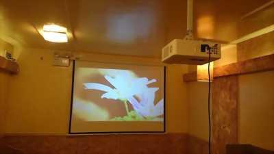Công ty bán máy chiếu và phụ kiện máy chiếu