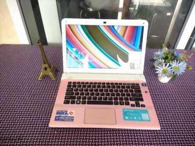 Laptop Sony VaiO SVE hồng siêu xinh, siêu rẻ