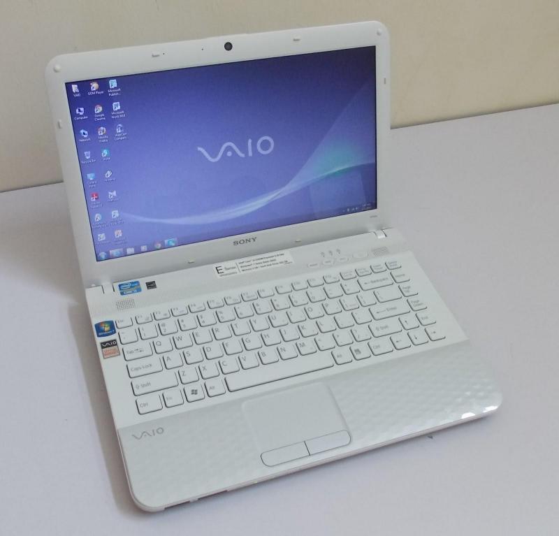 Bán laptop Sony i3 còn mới 99%