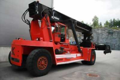 Cho Thuê xe chụp nóc, xe nâng container Kalmar 45 Tấn