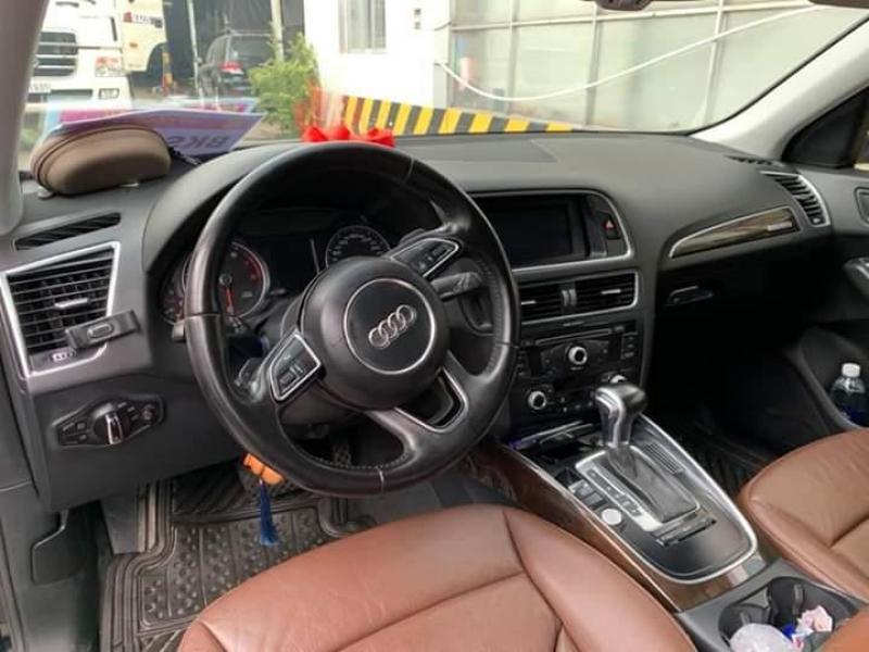 Bán xe Audi Q5 2.0 đời 2013 màu đen, chính chủ tại Bình dương