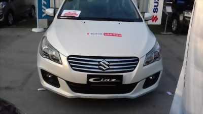 Cần bán suzuki ciaz xe màu trắng nhập khẩu Thái Lan xe 2017