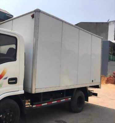 cần tiền bán gấp xe tải 2.4 tấn