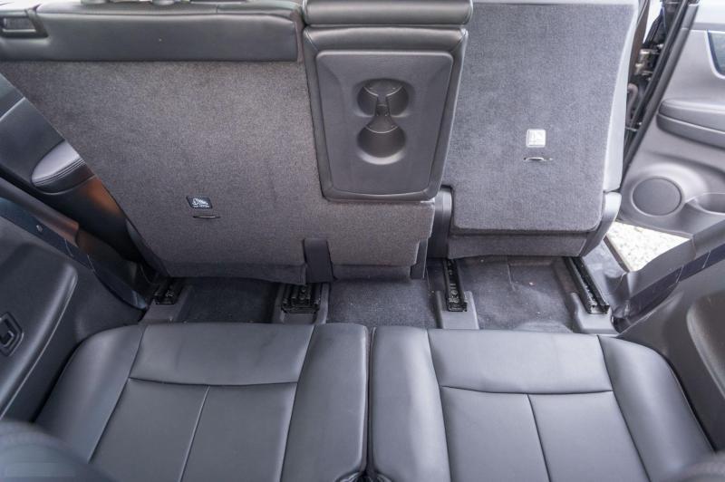 Cần tiền trả nợ bán xe Xtrail 2017 đk 2018, số tự động, màu đen rêu