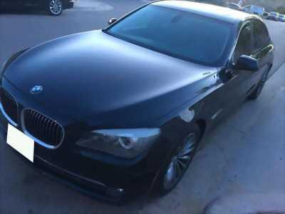 Lên đời cần bán rẻ xe BMW 750li nhập mỹ,đời 2011 màu đen nhám