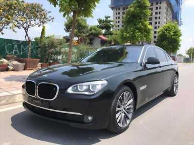 Cần bán xe BMW 750Li 2011 màu đen bóng