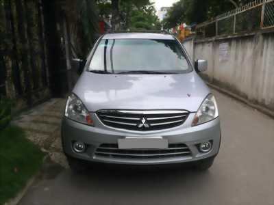 Bán Mitsubishi Zinger 2010 tự động màu bạc