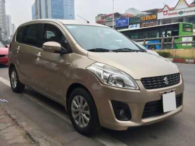 Cần bán Suzuki ertiga 2015, số tự động, màu vàng cát.