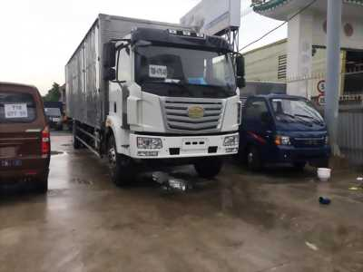 xe tải faw 8 tấn nhập khẩu thùng siêu dài chở siêu khỏe