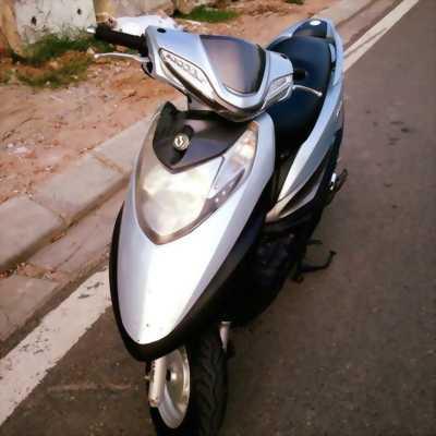 Xe ga Sym Atila Victoria màu bạc 2010