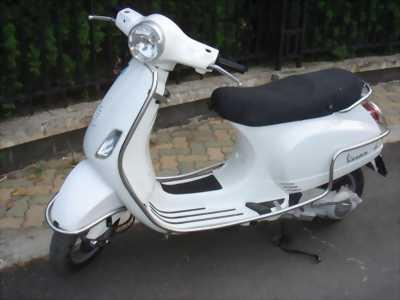 Bán xe piaggio LX 3Vie màu trắng