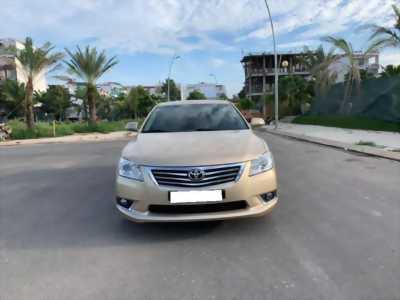 Cần bán xe Camry 3.5Q, sản xuất 2010, số tự động, màu vàng cát