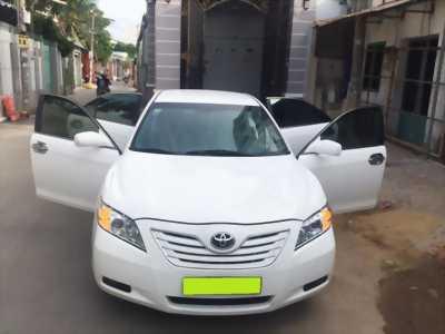 ần bán xe Toyota Camry LE 2007 màu trắng nhập Mỹ