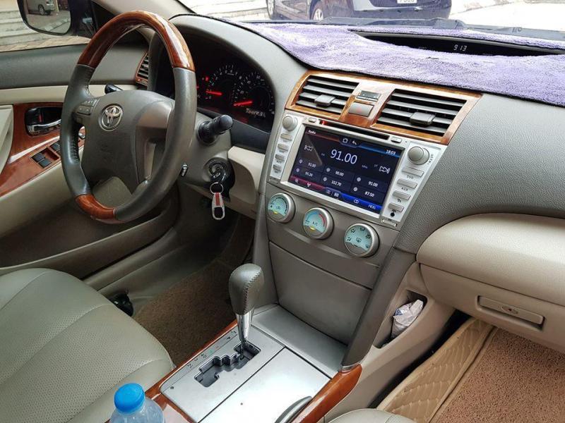 Bán Toyota Camry LE 2007 tự động màu đen xe gia đình nhập Mỹ.