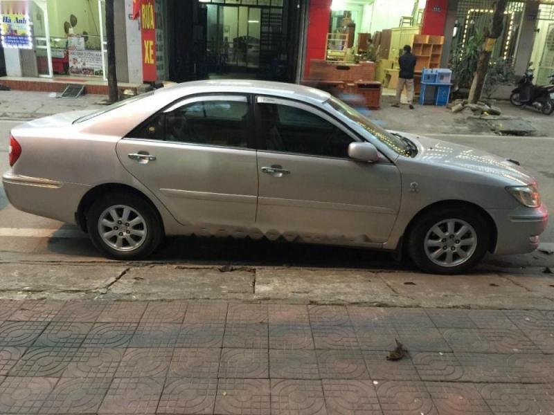 Toyota Camry 2.4 G phấn hồng nguyên zin c/chủ