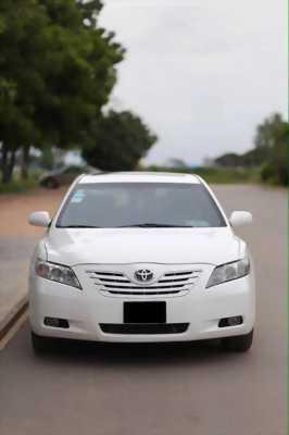 Bán Toyota Camry LE 2006 nhập Mỹ màu Trắng.