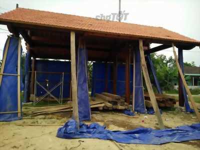Cần bán 2 bộ nhà gỗ. Mỗi bộ giá tầm 350tr đến 400T