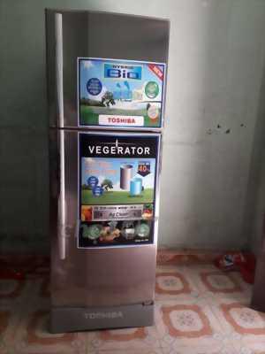 Cần bán gấp tủ lạnh toshiba 300l