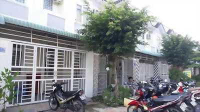 Nhà ở 1 trệt 1 lầu