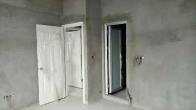 Cần bán căn chung cư Hanhud 234 hoàng quốc việt, diện tích 83m2, giá 27tr. LH 0944 092 598