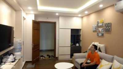 Sang nhượng căn 2 ngủ chung cư Hanhud 234 hoàng quốc việt, Dt 66.5m2, giá 2.1 tỷ.