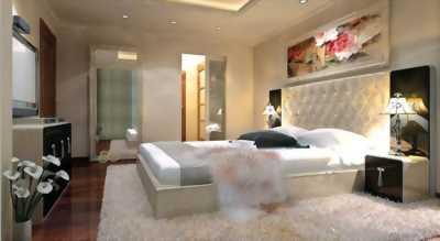 Bán gấp căn hộ Royal City 3 phòng ngủ view Quảng trường, 148m2