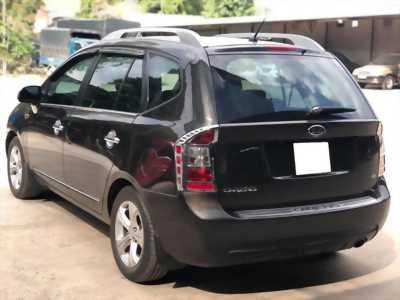 bán nhanh xe Kia carens 2016 màu đen số sàn 7 chỗ, máy xăng