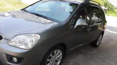 Xe Kia Carens đời 2011 dáng chuẩn, giá hữu nghị