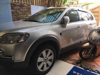 bán xe Chevrolet Captiva Max 2009 đk 2010 máy dầu tự động, màu bạc