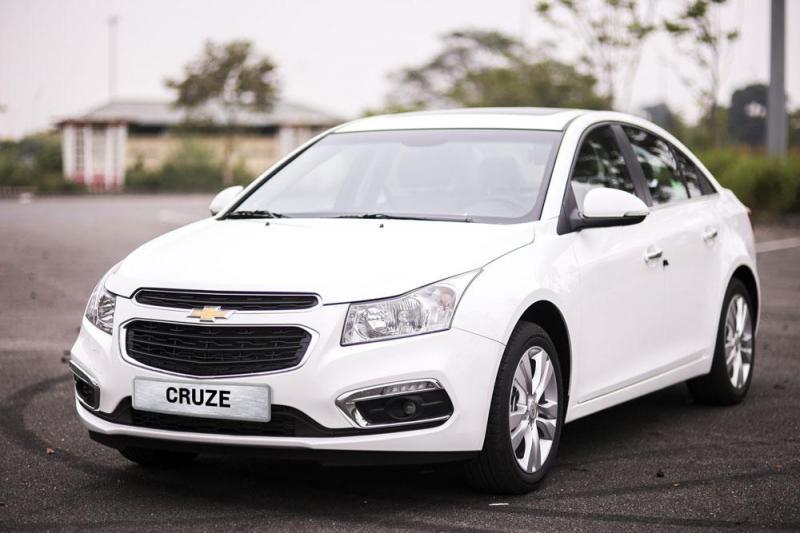 Chevrolet Cruze số sàn.