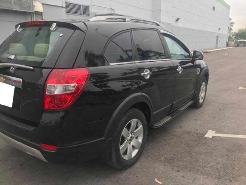 Gia đình cần bán xe Captiva 2008, số sàn, màu đen zin cọp
