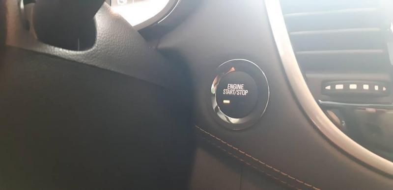 Bán gấp Chevrolet Trax 2018 số tự động full option
