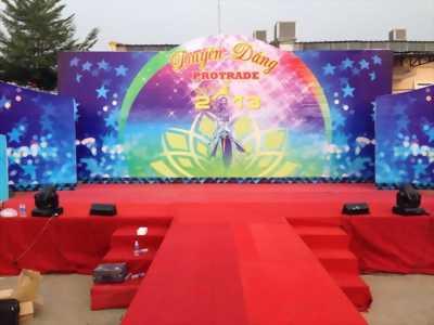 Cho thuê khung backdrop, dù tròn, sân khấu 20/11 giảm  giá 20%