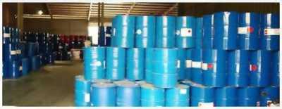 Bán hóa chất, dung môi công nghiệp