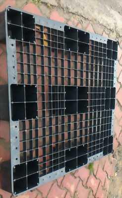 TP HCM Pallet nhựa đen rẻ- dẻo-bền - 130k - freeship